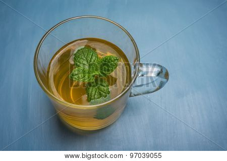 soothing fresh mint tea