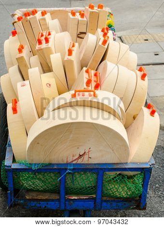 Wooden Cutting Boards for sale in urban market