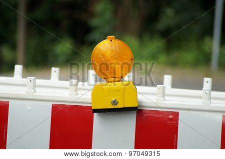Signal light construction