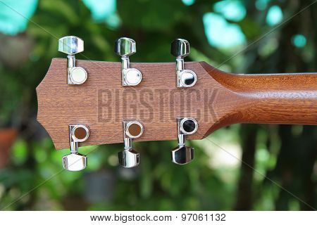 behind of guitar head stock