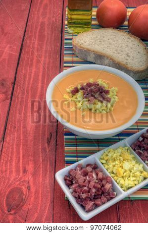 Salmorejo Vertical Left