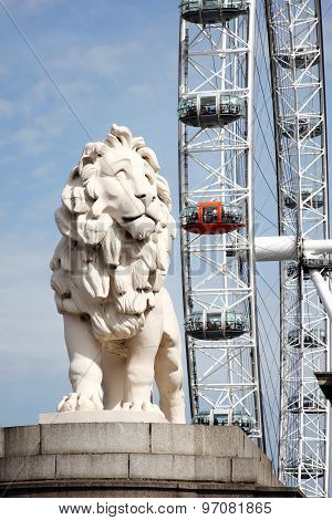 South Bank Lion and London Eye