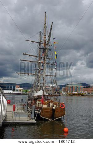 Sailing Ship Belfast Harbour