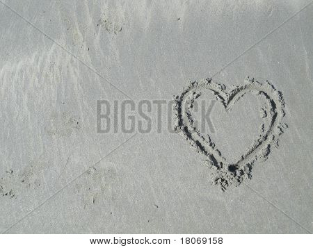 Heart in Sand - Right