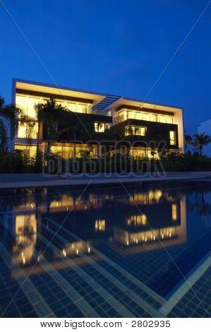 Night Villa
