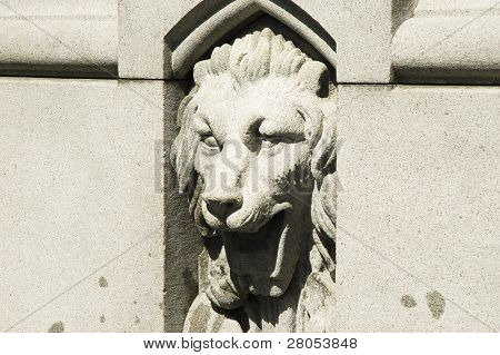 lion fountain head in Boston Public Gardens
