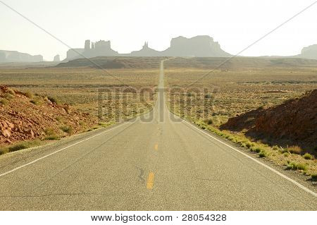 road leading into Monument Valley