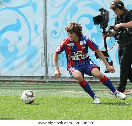 MOSCOW - MAY 10: CSKA's Georgiy Schennikov in action during their team's Russian football championship game CSKA (Moscow) vs. Terek (Grozny) - (4:1), May 10, 2010 in Moscow, Russia.