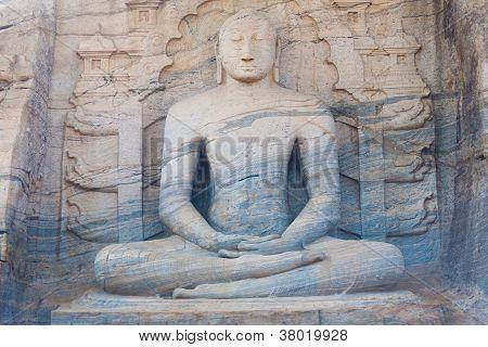 Striated Sitting Buddha Statue Polonnaruwa Front