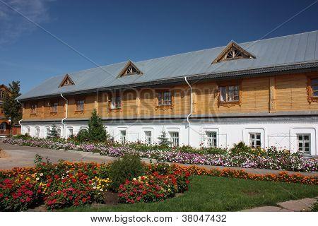 Tsivilsk. The Tikhvin Virgin Monastery. Refectory.