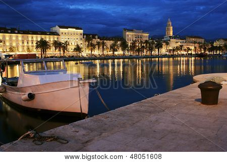Split City By Night