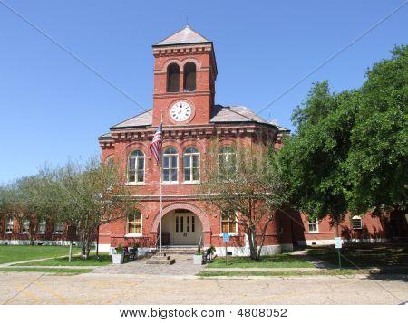 Donaldsonville Louisiana City Courthouse