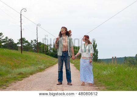 Travellers - Happy Hippie In Love