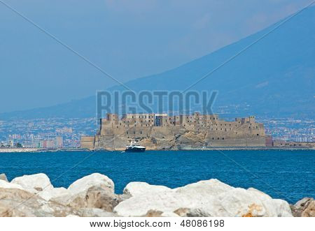 Castel Dell'ovo Of Naples