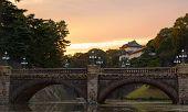 Постер, плакат: Мост через ров Императорский дворец Токио