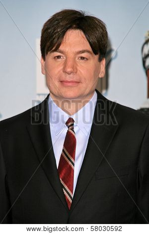 Mike Myers at the 2008 MTV Movie Awards Press Room. Gibson Amphitheatre, Universal City, CA. 06-01-08