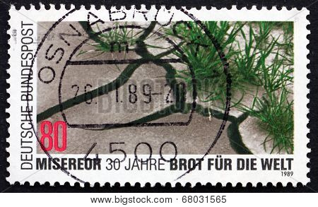 Postage Stamp Germany 1989 Barren And Verdant Soil