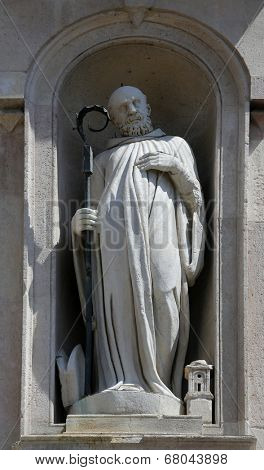 PARMA, ITALY - MAY 01,2014: Statue of saint, San Giovanni Evangelista is a church in Parma, northern Italy, part of a complex also including a Benedictine convent, Parma. Emilia-Romagna, May 01,2014.