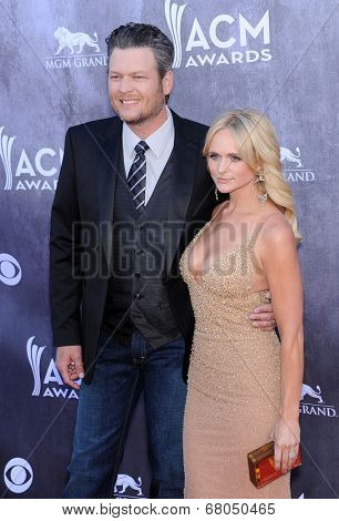 LOS ANGELES - APR 06:  Blake Shelton & Miranda Lambert arrives to the 49th Annual Academy of Country Music Awards   on April 06, 2014 in Las Vegas, NV.