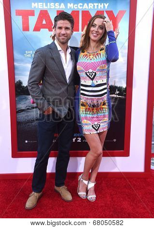 LOS ANGELES - JUN 30:  Eva Amurri & Kyle Martino arrives to the