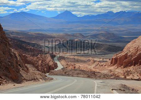 highway near world famous Valley de la Luna