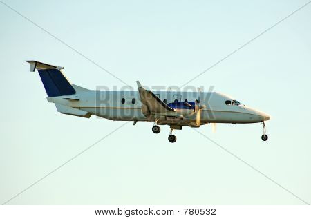 Light charter turboprop