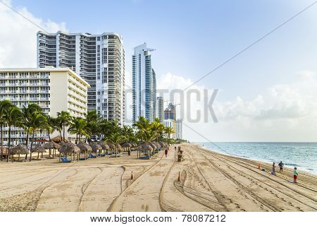 People At Jade Beach And Jade Ocean Condominiums