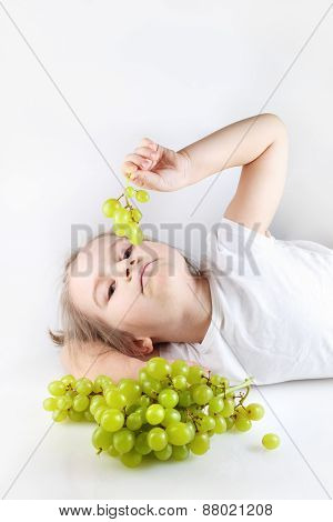 Baby Loves Grapes
