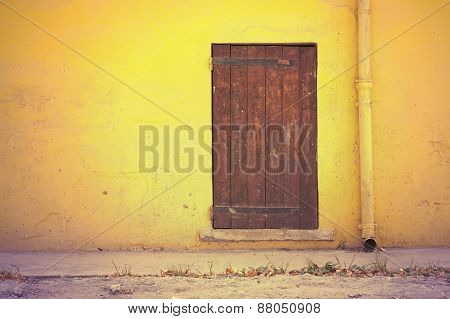 Wall And Door In Retro Style
