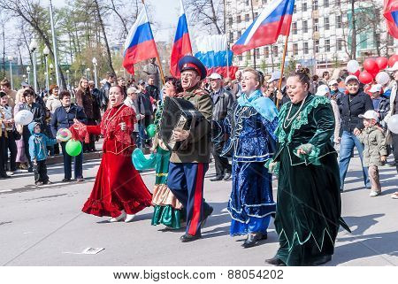 Cossack with women sings songs on procession