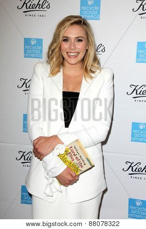 LOS ANGELES - FEB 15:  Elizabeth Olsen at the Kiehls Earth Day Creamy Eye Treatment at the Kiehls on April 15, 2015 in Santa Monica, CA