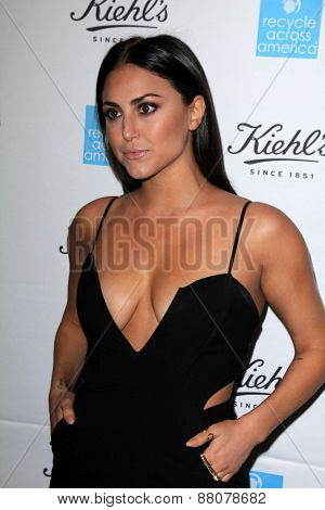 LOS ANGELES - FEB 15:  Cassie Scerbo at the Kiehls Earth Day Creamy Eye Treatment at the Kiehls on April 15, 2015 in Santa Monica, CA