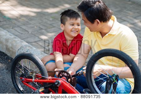 Examining bicycle