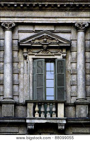 Column And Glass In Verona