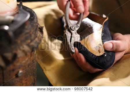 Manufacture, shoemaking workshop