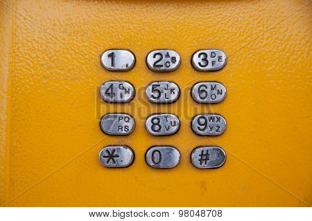 Old dialing phone keypad