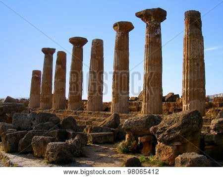 Ancient Eracle Temple