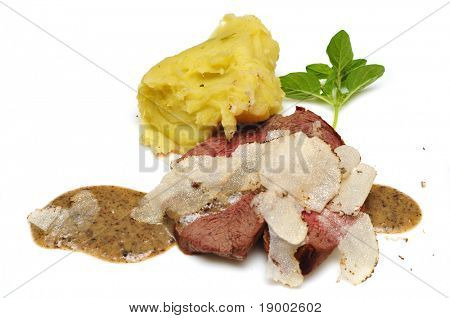 Beefsteak with Truffles, mint and potato