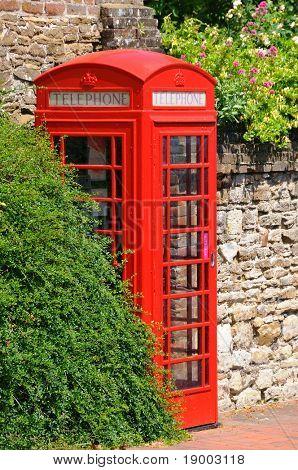 British icon - phone box