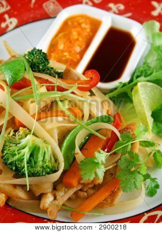 Noodle Chicken Stirfry