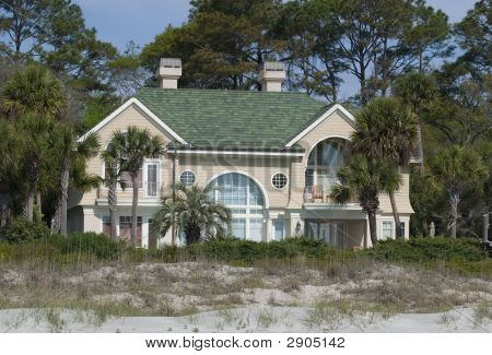 Large Summer Home On Beach