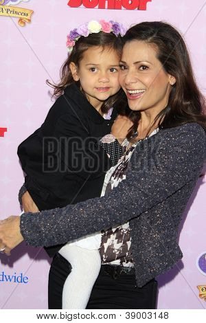 BURBANK - NOV 10: Constance Marie, daughter Mia at the premiere of Disney Channels' 'Sofia The First: Once Upon a Princess' at Walt Disney Studios on November 10, 2012 in Burbank, California