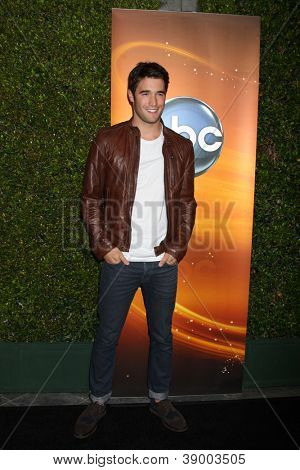LOS ANGELES - SEP 28:  Joshua Bowman arrives at the ABC Sunday Night Event at Lexington Social Club on September 28, 2012 in Los Angeles, CA