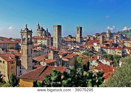 travel in Italy series - ancient Bergamo, upper town