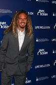 LOS ANGELES - NOV 11:  Rob Machado arrives at the Life Rolls On Foundation's 9th Annual Night By The