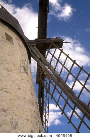 Moinhos de vento espanholas de La Mancha 4