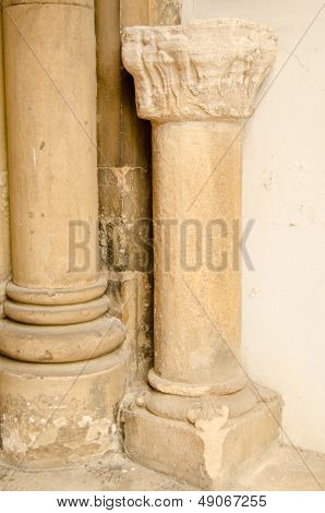 Hyde Abbey pillar, Winchester