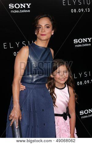 LOS ANGELES - AUG 7:  Alice Braga, Emma Tremblay arrives at the