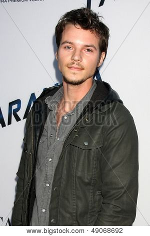 LOS ANGELES - AUG 8:  Nathan Keyes arrives at the