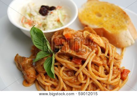 spaghetti spicy  Asian sauce Thai fusion dish